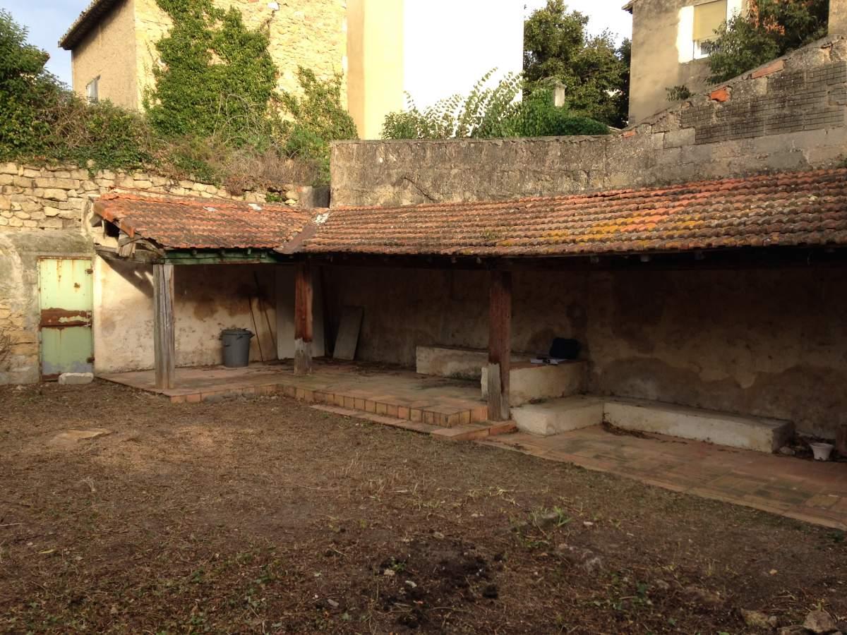 Cr ation d 39 un abri de jardin salon de provence for Conception d un abri de jardin