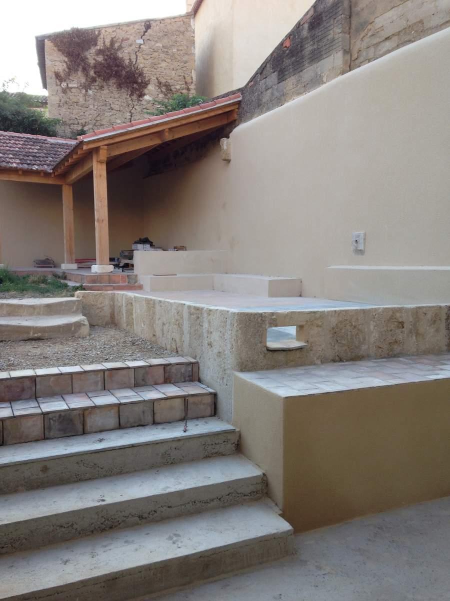 R alisation d 39 un escalier ext rieur salon de provence for Marche escalier exterieur jardin